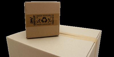 Carton emballer avec de l'adhésif papier écologique imprimé