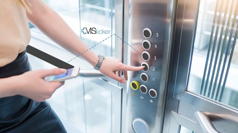 Adhésif antidécontaminant et antimicrobien MS-Sticker® appliqué dans un ascenseur